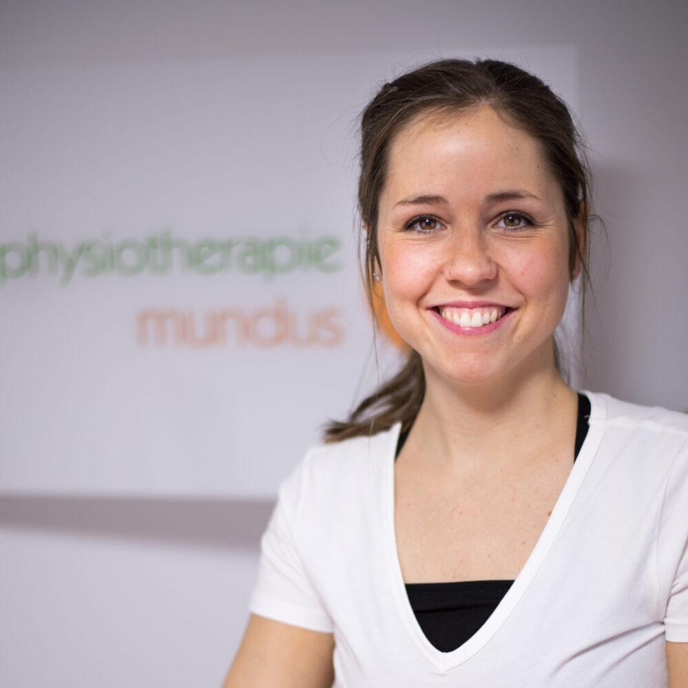 Physiotherapeutin Katrin Mundus, die Inhaberin der Privat-Praxis Physiotherapie Mundus in Emsdetten.