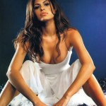 Eva-Mendes-photo-vole