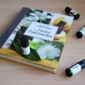 quel est le résumé du livre le petit larousse des huiles essentielles. Tous les détails chapitre par chapitre pour découvrir l'aromathérapie