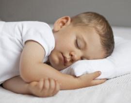 Schlaflieder lindern Angst und Schmerzen