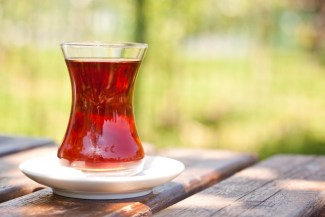 schwarzer tee verringert das Eierstock Krebsrisiko von Frauen
