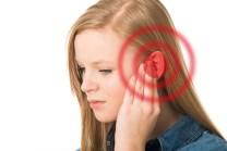 Ohrgeräusche oder auch Tinnitus sind sehr quälend für Betroffene Patienten