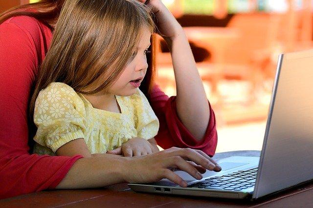 concilier travail et parentalité pour éviter le burnout parental