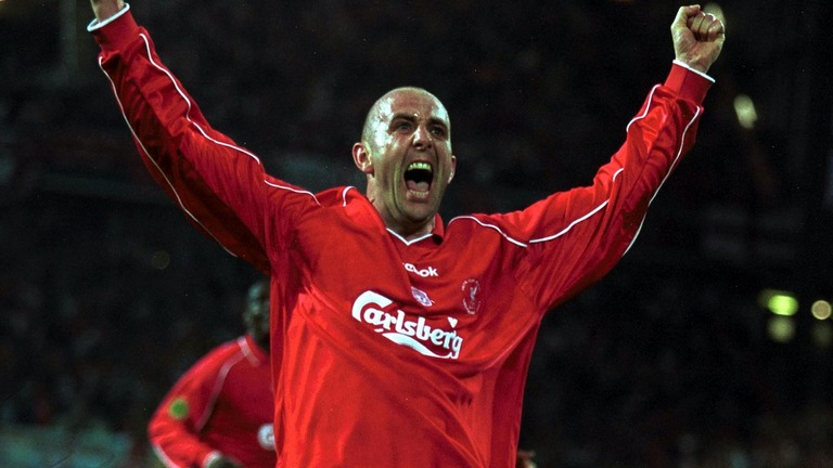 Legenda Liverpool Dihajar Sampai Masuk RS