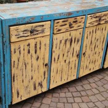 Credenza in legno shabby