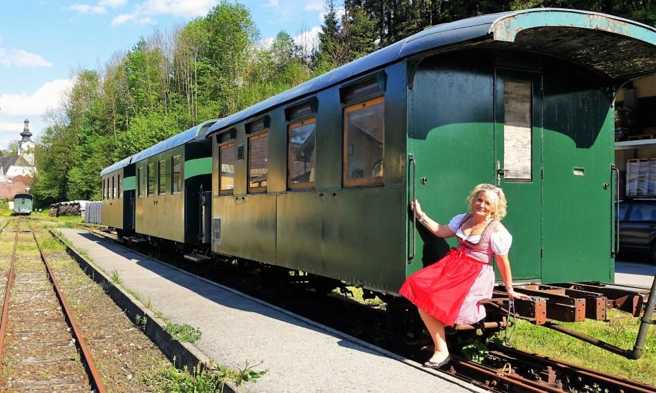 Waggons Bahnhof Ybbsitz 9.5.2016 1