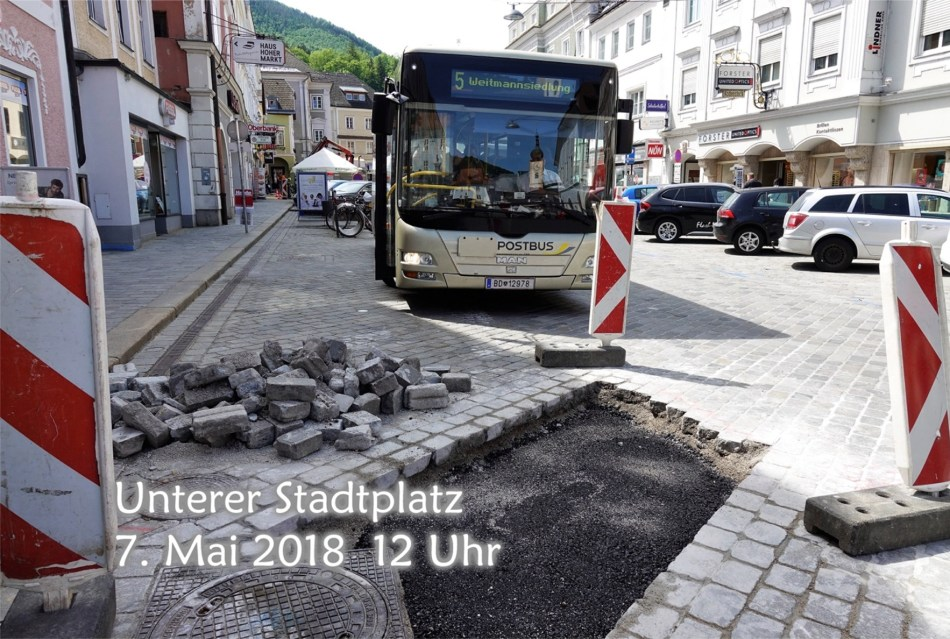 Unterer Stadtplatz Asphaltierung