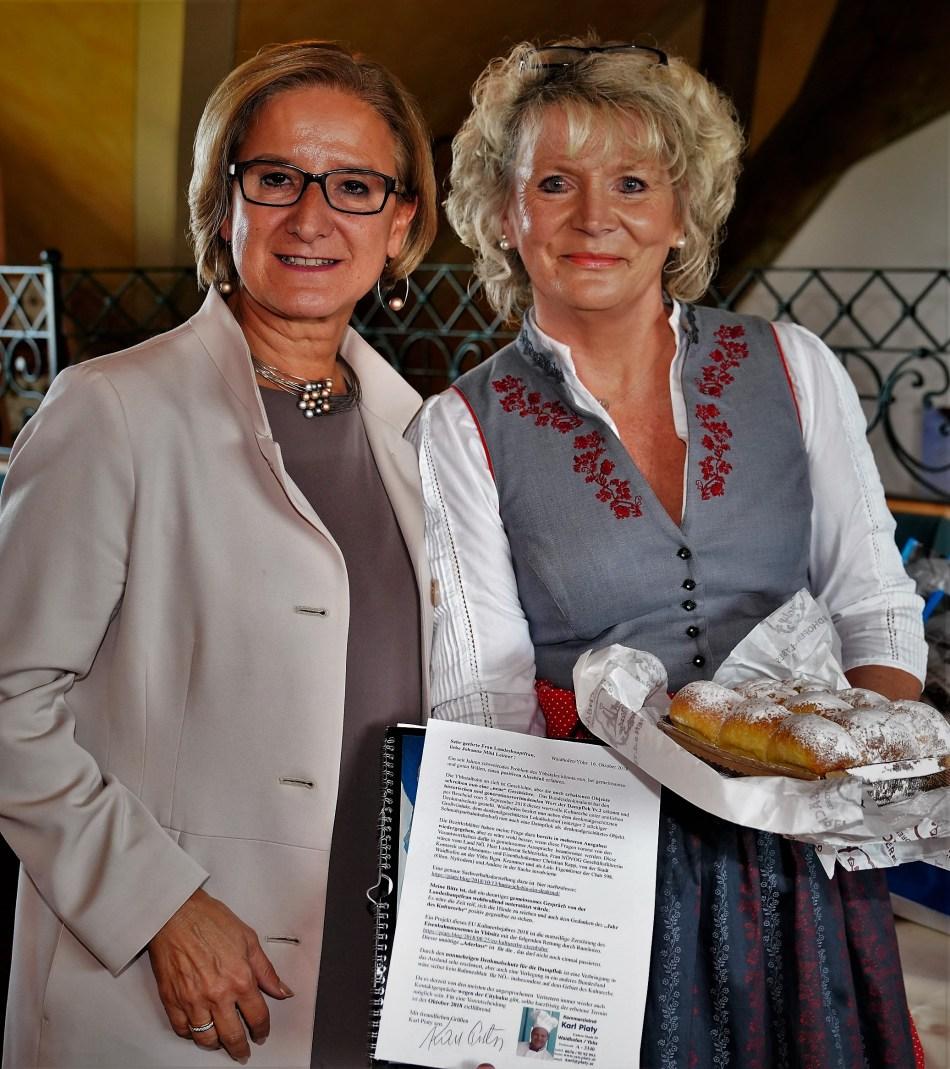 LH Mikl Leitner und Renate Wachauer - Hochkogel 16.10.2018 Foto von Markus Binder