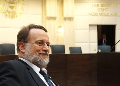 Mag. Robert Stein im Verfassungsgerichtshof Foto Piaty