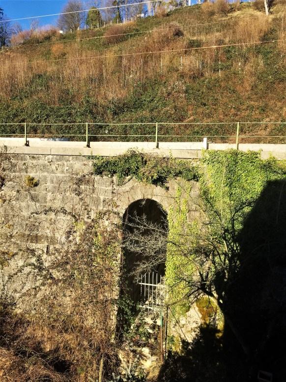 Bahn Knoll