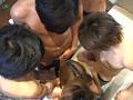 総勢10名の男達による大乱交パーティーのサンプル画像