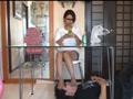 リラックス顔面足置き台その2 23歳カフェ店員さんのパンストのサンプル画像