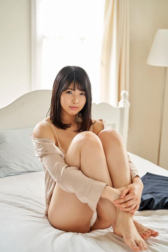 現役バレーボール選手 私『脱ぎます』/新垣麻美