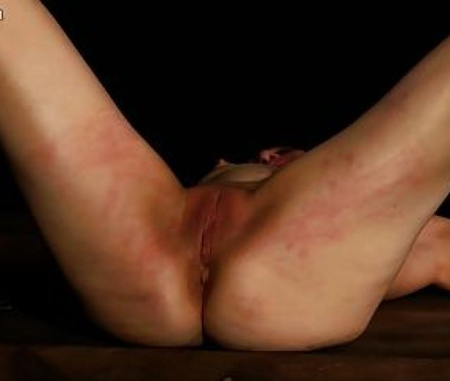 Dr Lomp World Casual Pussy Whipping