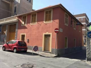 Case Indipendenti Con Terrazzo In Vendita In Zona Bolzaneto