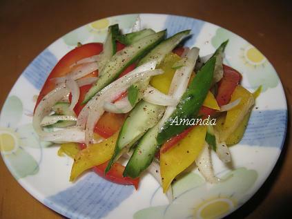 涼拌梅子蔬果