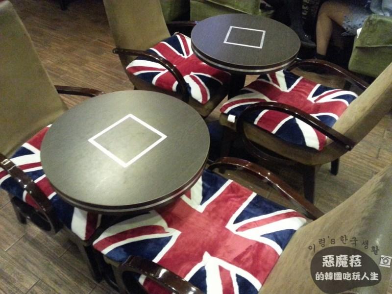 【韓國│明洞】韓國部落客推薦之熱情約會場所~《POEM 포엠》咖啡廳