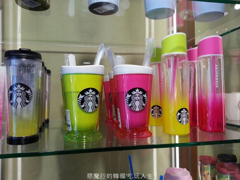 韓國星巴克7月消暑新產品,一起來自製冰沙吧!