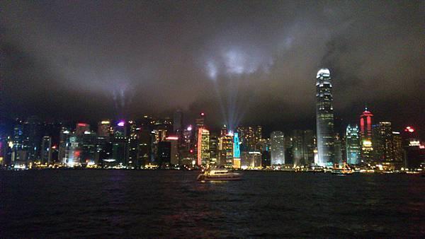 香港自由行 day 1 (Mira Hotel/利寶閣/LADUREE/海港城/蘭芳園/維多利亞港)