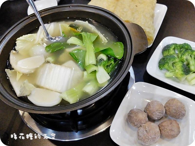 01火鍋湯.JPG