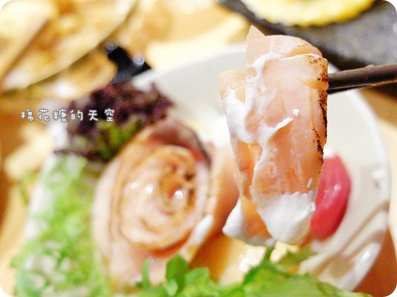 00小品鮭魚沙拉2.JPG