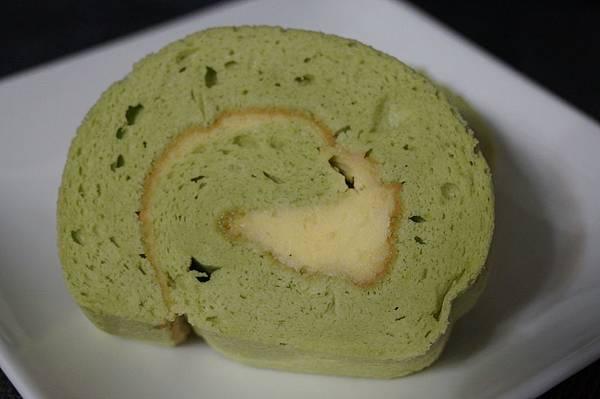 團購美食-好吃的斑蘭起士捲、木棉乳酪蛋糕、雅蕾夾心來自<卡瓦蛋糕>