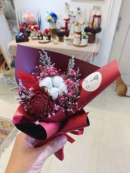 母親節花束推薦,紅色乾燥花束.JPG