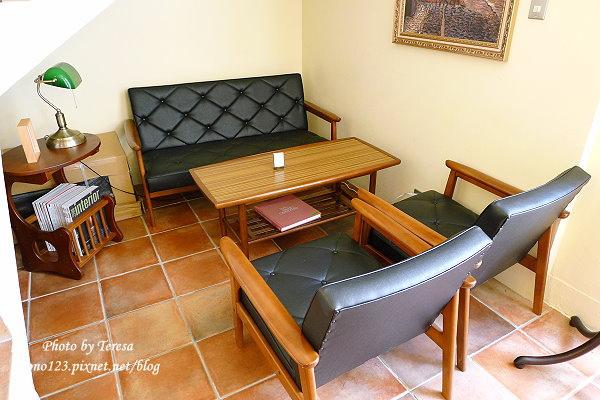 1417278263 1063397361 - Paloma cafe 帕洛瑪咖啡.私人宅邸的香蕉磅蛋糕很出色