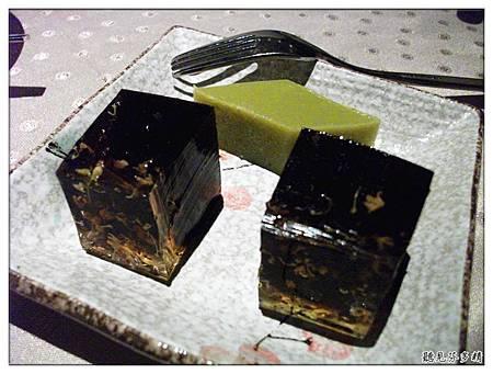 桂花糕和碗豆黃