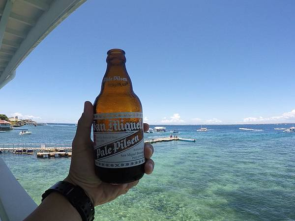 Wego菲律賓遊學-宿霧-啤酒.jpg