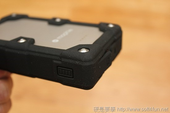 Mophie 防水抗震及鑰匙圈型行動電源 PowerStation Pro、reserve micro clip_image008