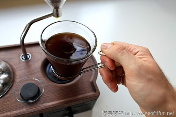 Barisieur 咖啡機鬧鐘,讓你在咖啡的香氣中醒來! clip_image005_4