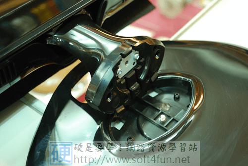 物美價廉的 LED 背光液晶螢幕:CHIMEI光羽翼 23LH DSC_0161_thumb