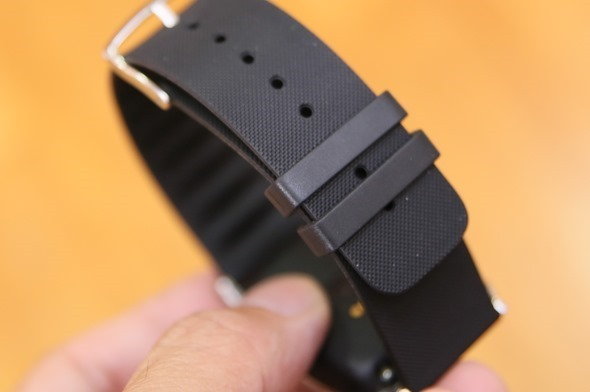 ASUS VivoWatch 運動手錶,電池續航超長,可測UV等級、心率 clip_image007