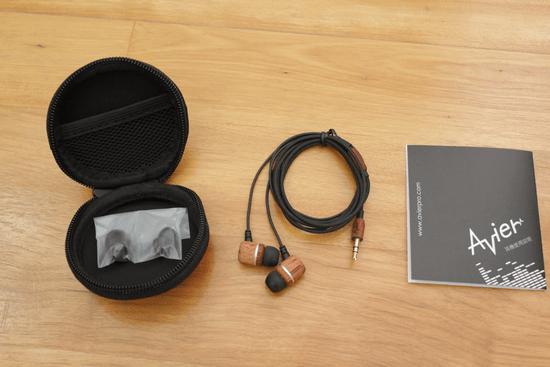 Avier 入耳式全音域耳機,音質好、易收納、價格便宜的高 CP 值選擇! avier-009_3