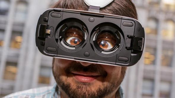 [評論] 用虛擬實境(VR)眼鏡看虛擬實境電影的心得與隱憂 samsung-gear-vr-product-photos-18