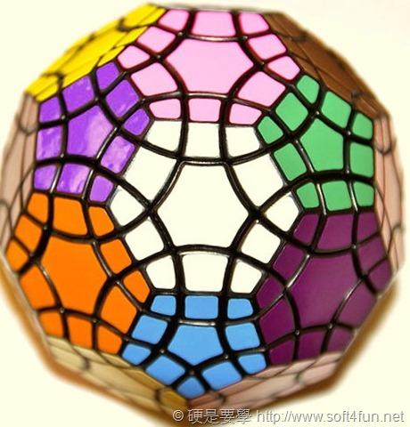 紀念魔術方塊 40 周年,Google 邀你一起線上解魔方! 150px-Tuttminx01
