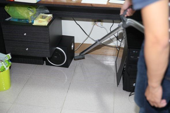 1機抵2機!ECOVACS DEEBOT D79 智慧掃地機器人,高處、狹縫也能輕鬆吸 clip_image025
