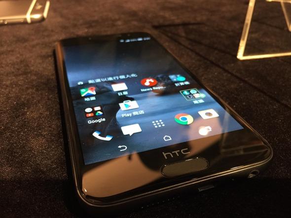 HTC One A9 匯聚時尚、設計與潮流,首款精品明星手機璀璨登場 htc-one-a9