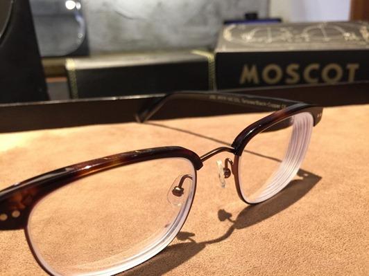 濾藍光眼鏡配鏡推薦:光明分子的眼鏡世界 MOSCOT138