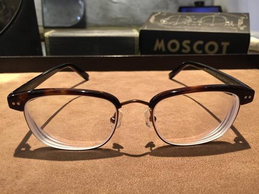 濾藍光眼鏡配鏡推薦:光明分子的眼鏡世界 MOSCOT141