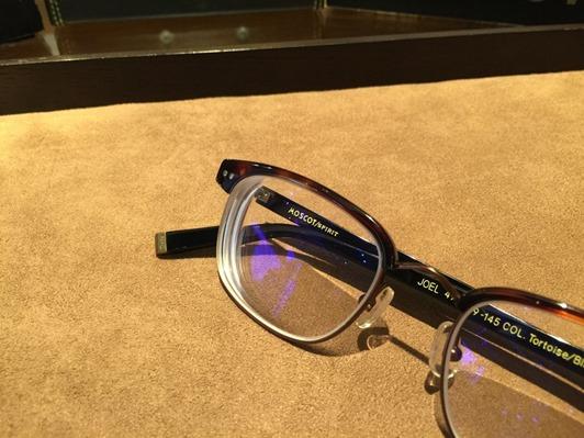 濾藍光眼鏡配鏡推薦:光明分子的眼鏡世界 MOSCOT145