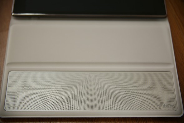 超值追劇神器 ASUS ZenPad 8.0 平板,充電背蓋+5.1聲道環繞音響皮套爽爽看! zenpad856