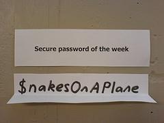 [實用技巧] 相簿密碼被破解? 生出一組好記難猜的密碼粉簡單! 226873460_c8eabd2911_m