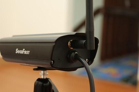 DWH-A059H數位無線網路監視器,室內外監視一套搞定 image009
