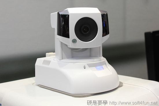 [COMPUTEX 2014] Compro 康博結合雲端概念,推出紅外線遠距遙控網路攝影機 IMG_3166
