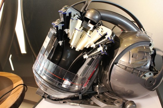 免更換濾網,Dyson 推出 Dyson Cinetic™ DC52 dysondc5239