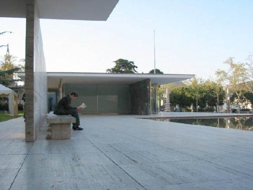 [Google Doodle] Mies van der Rohe 現代主義建築大師126歲誕辰 1
