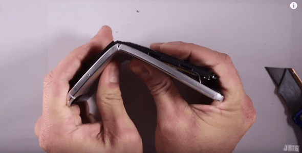 google nexus 6p bending-02