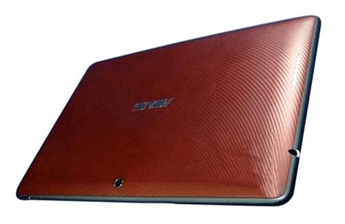 ASUS新變形平板TF300T、TF700T規格曝光! TF300T